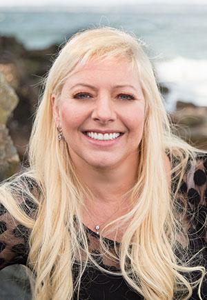 Dr. Nina Svino